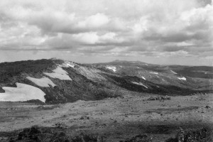 Looking over the Kerries Range toward Mt Jagungal, 1947; Peter Woolley Collection.