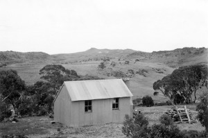 Mawsons Hut, Mt Jagungal in the distance, 1947; Peter Woolley Collection.