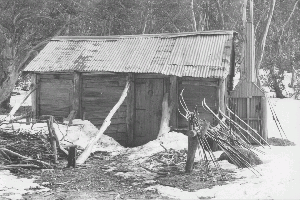 Cascade Hut 1977 Reet Vallack Collection