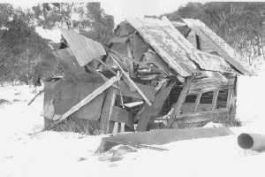 Jennets Hut 1972 Reet Vallack Collection