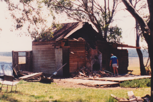 The hut in 1988, very poor state but KHA loves it anyway, photo G. Scully