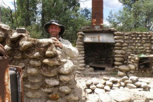 Geoff and the stove - © NPWS (Leppert)