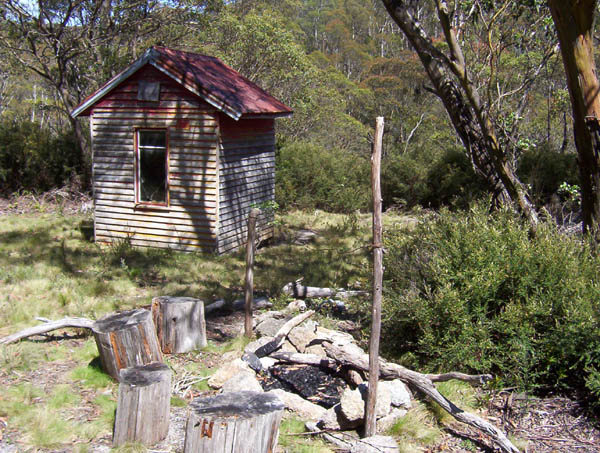 Photo of stockwhip hut